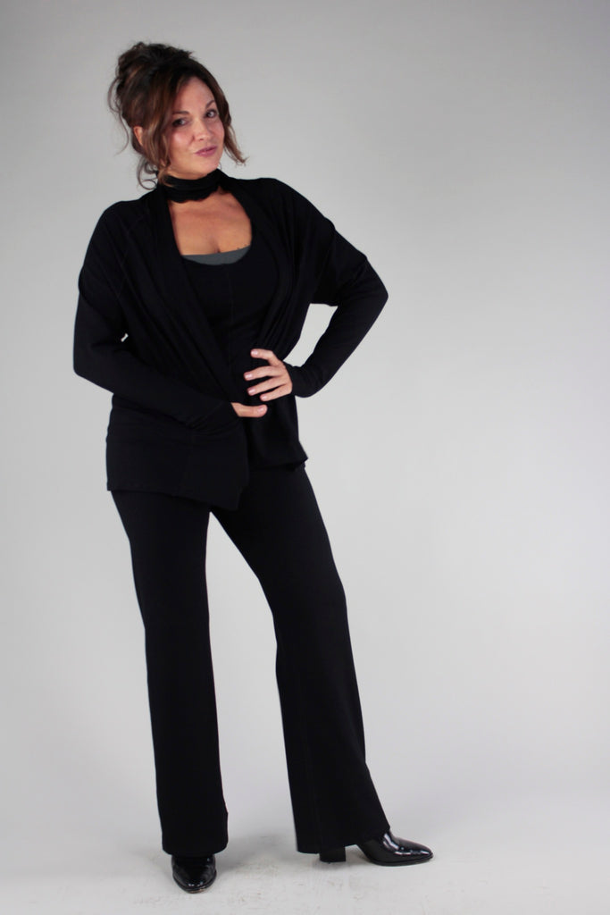 gem jacket in black bamboo with suger® trouser