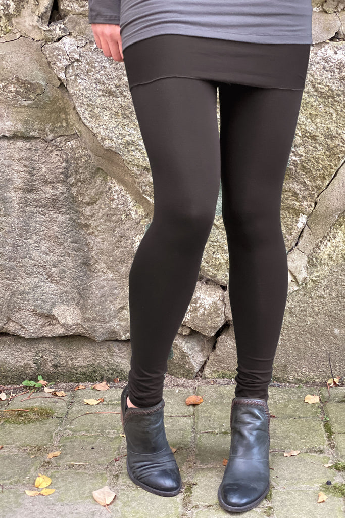peat climber convertible legging as a fold over skirt