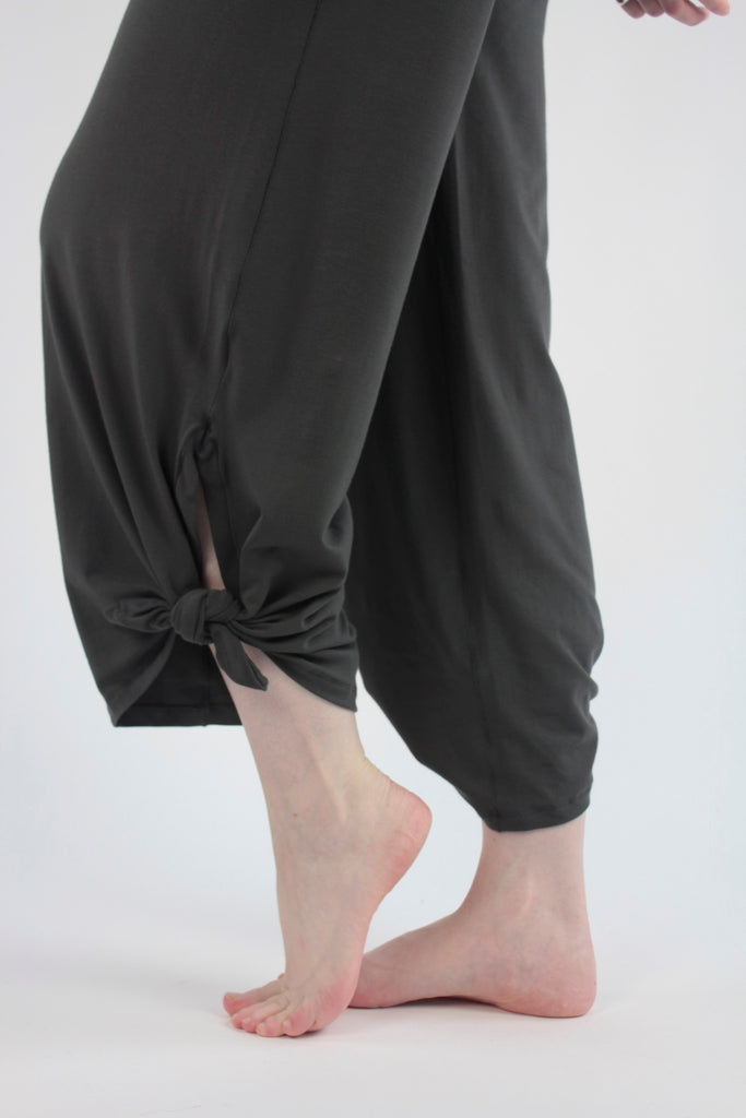 suger® harlow pant in ore bamboo tied at ankle