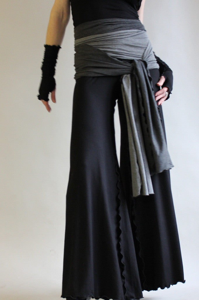 black bamboo swirl suit with charcoal/granite obi sash by angelrox