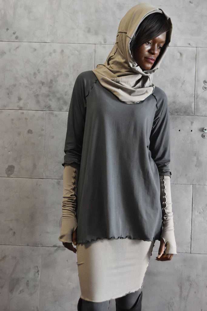 angelrox® hourglass as hooded cowl in clay bamboo