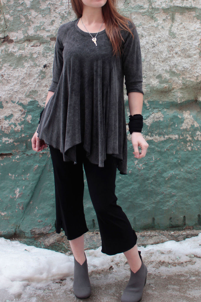 the kick pant in black worn with and angelrox top, the hiline, in mineral