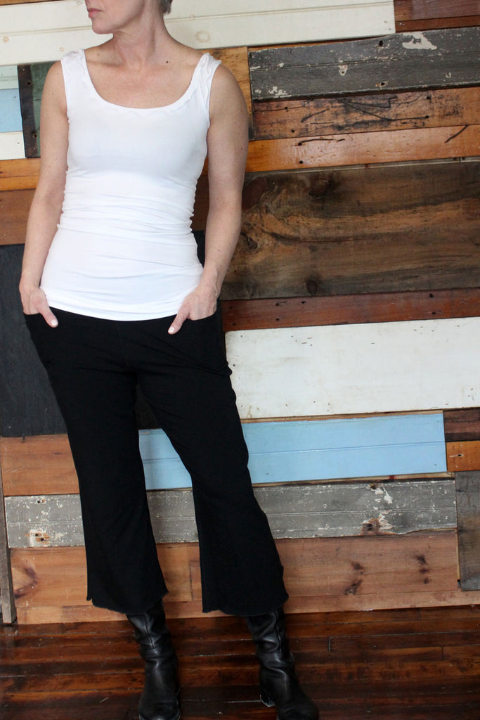 white bamboo angelrox® wifey with black suger® kick pant