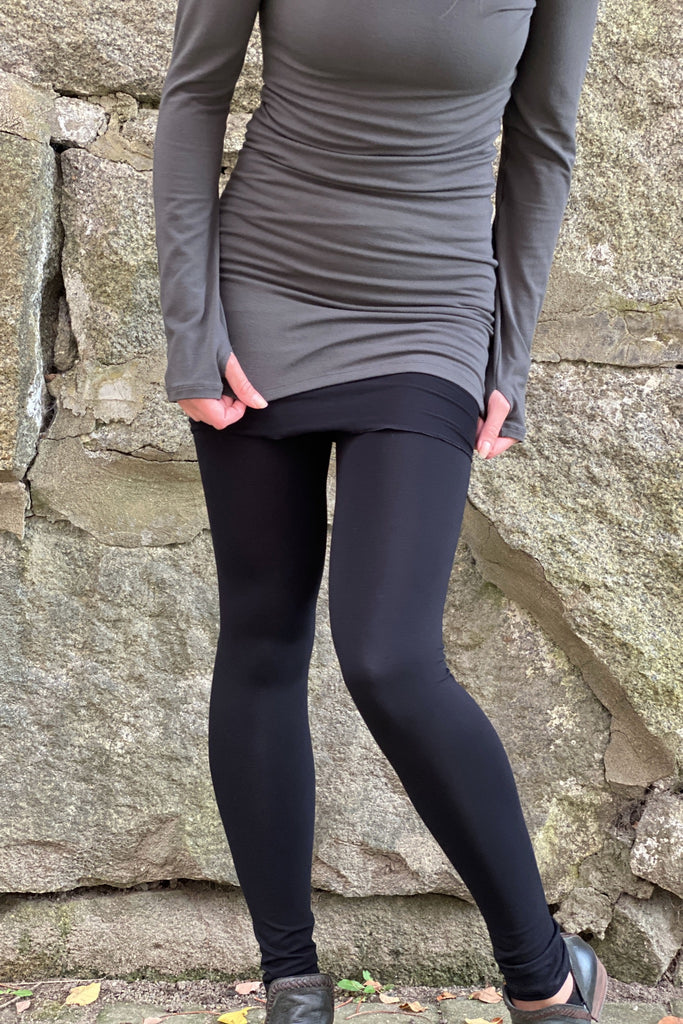 black bamboo climber legging with the iron valor legging