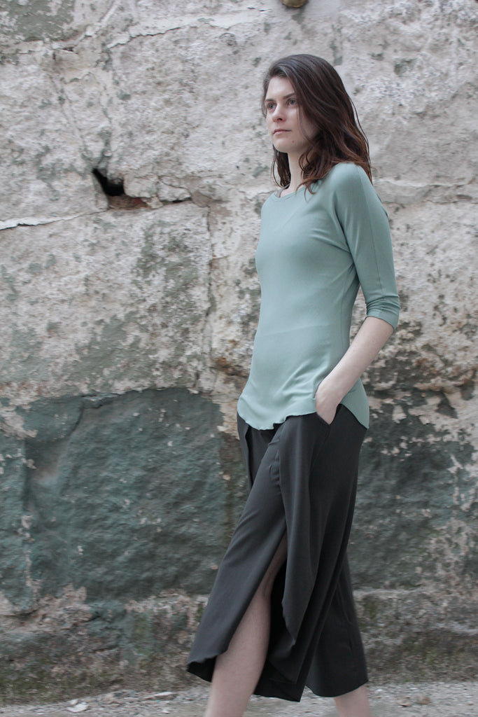 petal pant in ore with rose top in glass