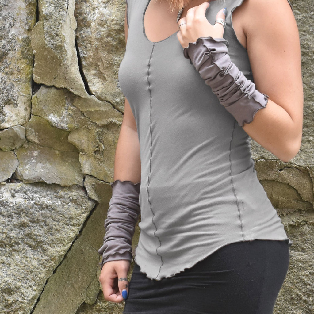 shell tank in clay + thyme aria sleeves