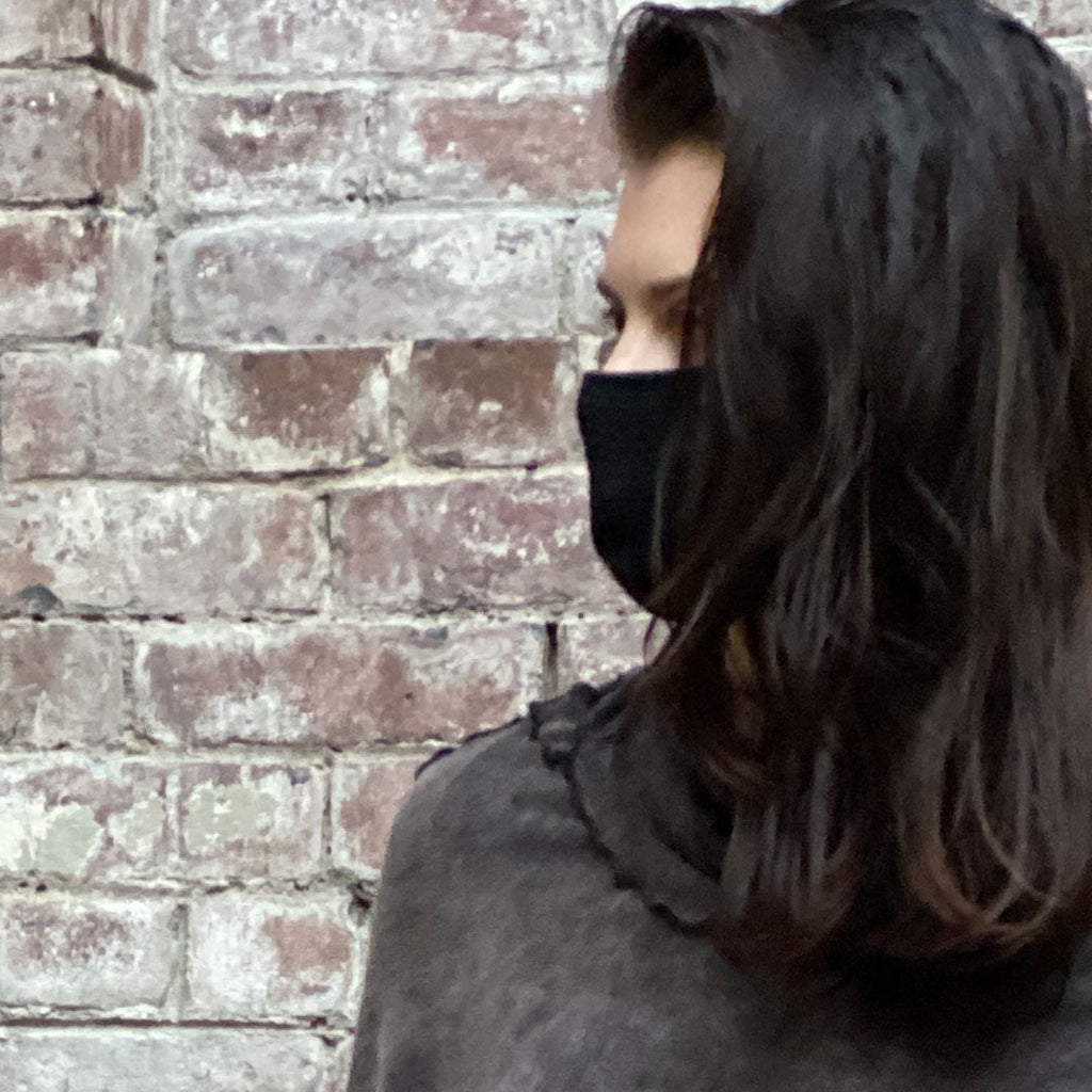 black bamboo hush mask