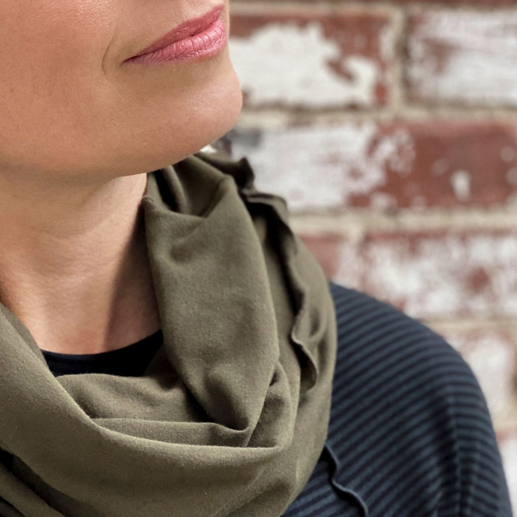 hourglass cowl in olive accents the subtle black swing