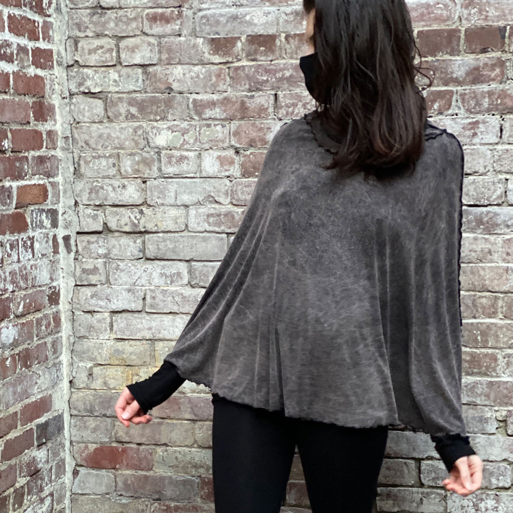 mineral lady flirt as a poncho + black base legging