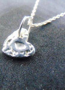 Fine silver patterned heart pendant