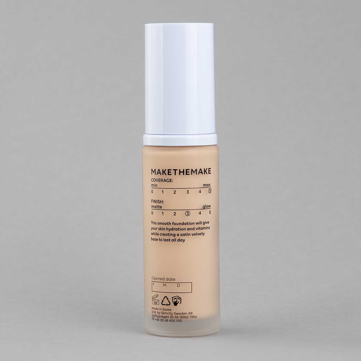 Vitamin B Flawless Filter Foundation | MAKETHEMAKE