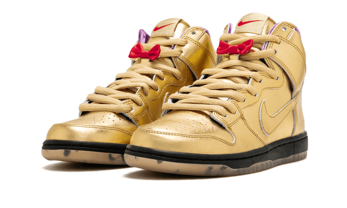 Nike SB Dunk High QS
