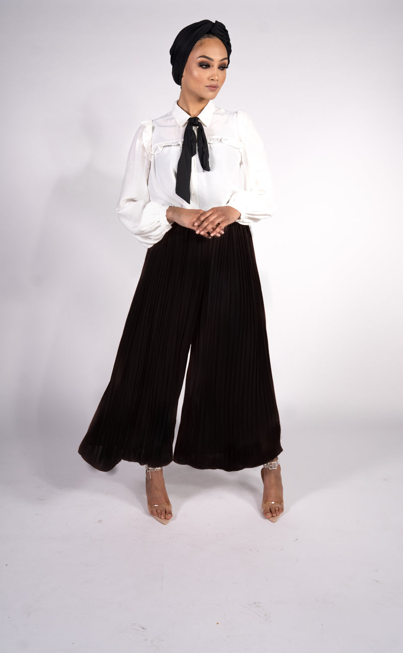 PLEATED PALAZZO TROUSERS - BLACK