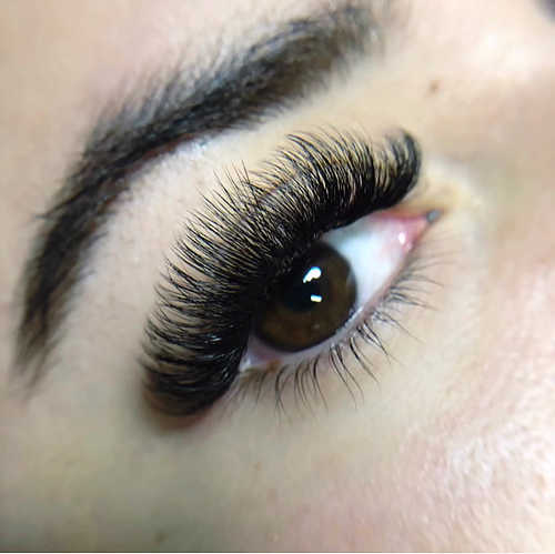 How to Make Your Eyelash Extensions Last Longer