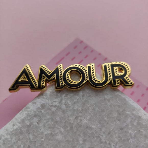 Valentine's Day | Amour pin | gold with black | 50-11mm