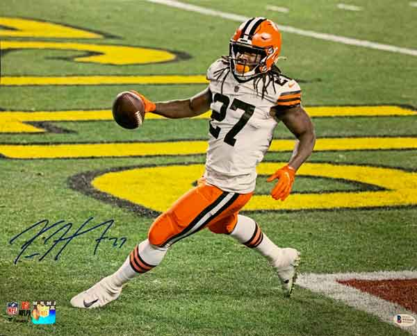 Kareem Hunt Signed Running into End Zone 16x20 Photo