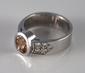 Ring 14Kt Whitegold 7G Size 55 Imperial Topaz 2Ct Salmon Colour Natural Eyeclean 10 Brilliants