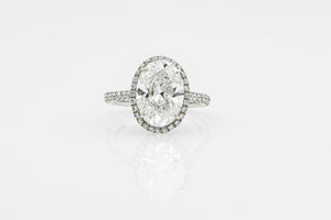 Oval 5.01 Carats | Platinum Band Engagement Ring