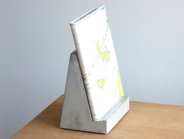 Concrete Bookstand No 3