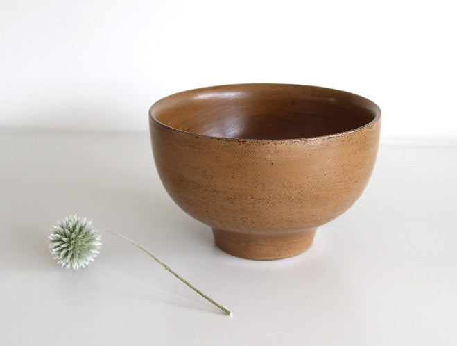 Beige Soup Bowl by Mutsumi Goto at OEN Shop