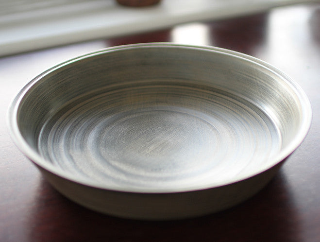 White Lacquer Chestnut Plate