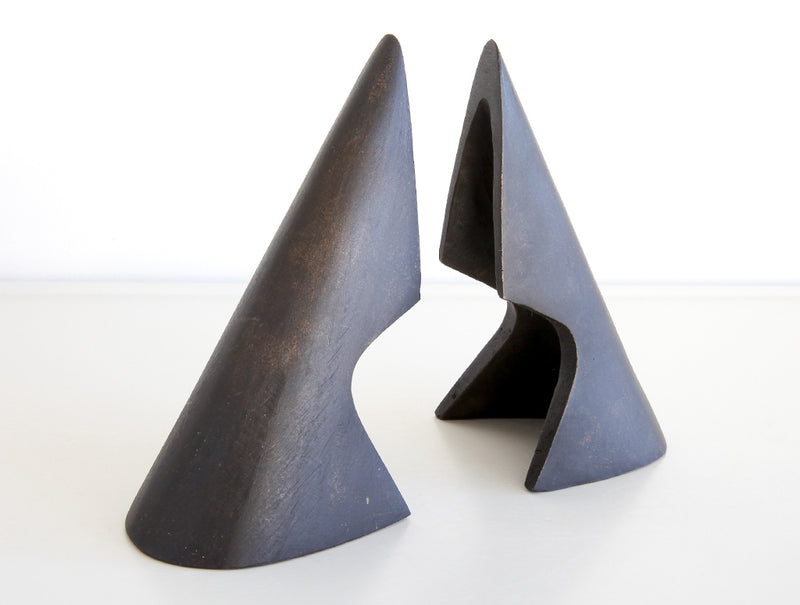 Cutaway Triangle Bookends
