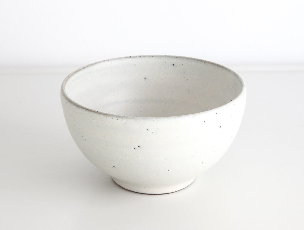 Small White Bowl by Keiichi Tanaka at OEN Shop