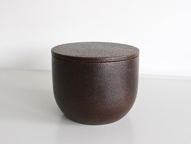 Makiji Lidded Bowl by Fujii Works at OEN Shop
