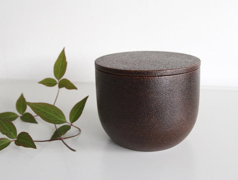 Makiji Lidded Bowl by Fujii Works