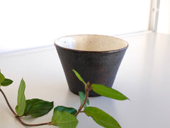 Brown Cup by Fumihiro Toda at OEN Shop