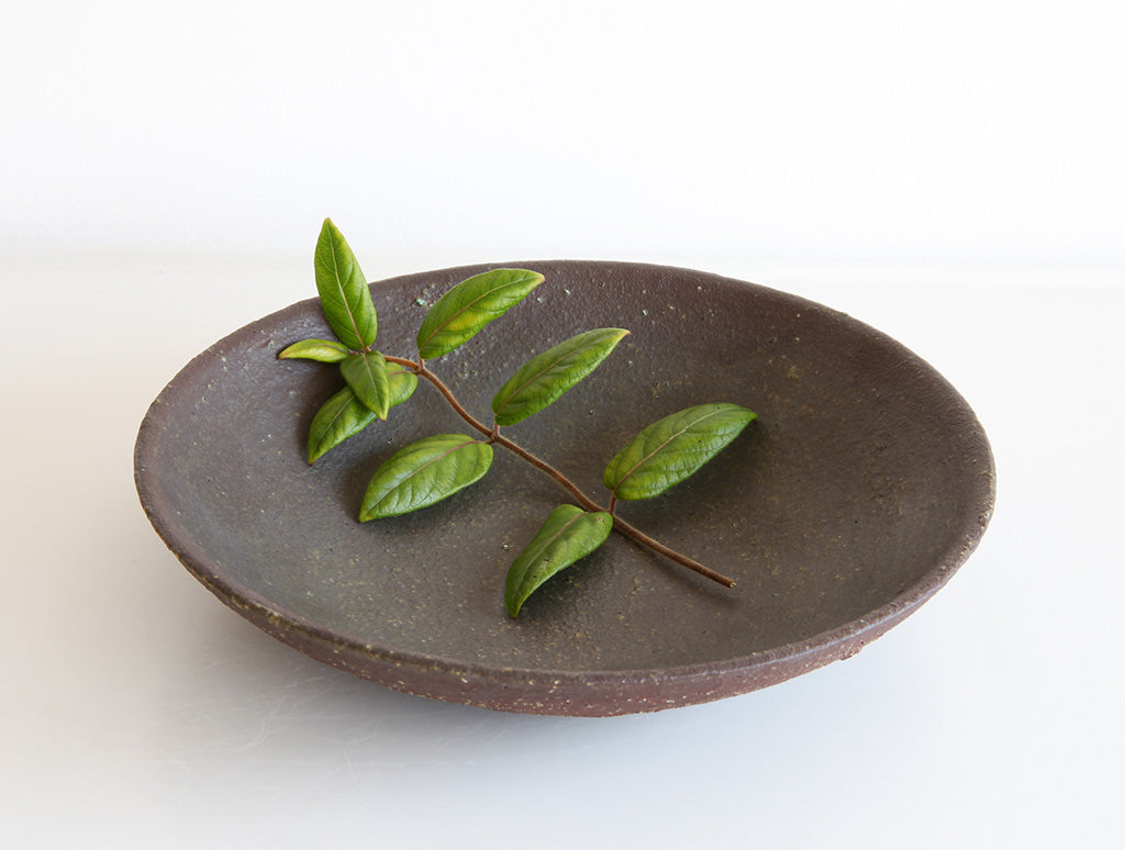 Brown Open Mountain Bowl by Mushimegane Books at OEN Shop