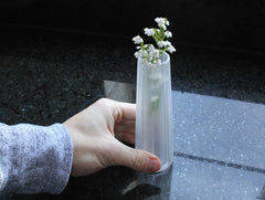 Chrysanthemum Vase by Yuki Osako at OEN Shop