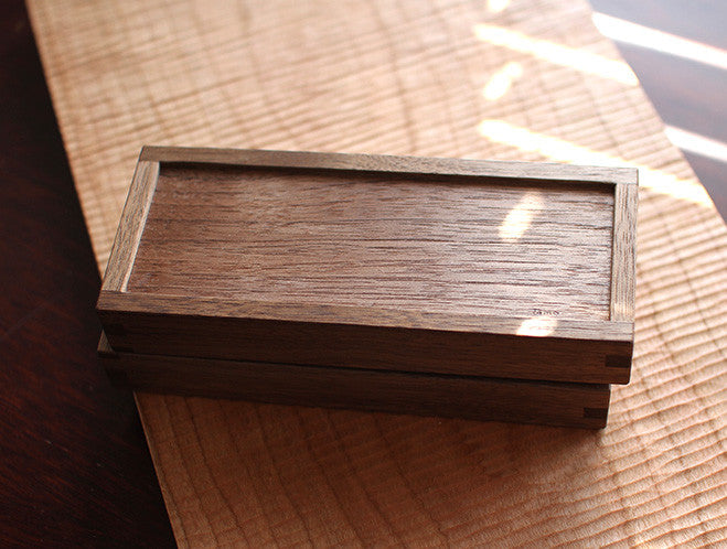 Walnut Buttercase