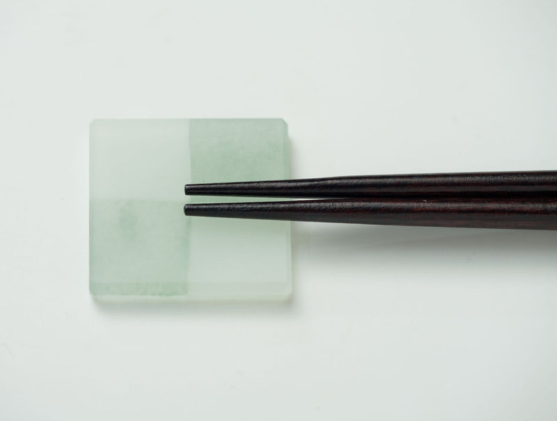 Glass Chopstick Rest Green