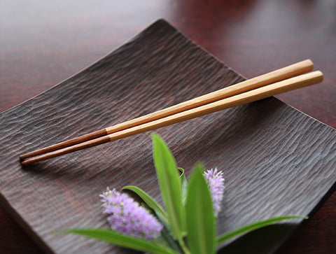Half Lacquer Chopsticks by Atelier tree song