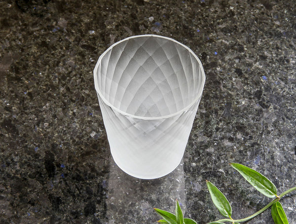 Short Diamond Cup