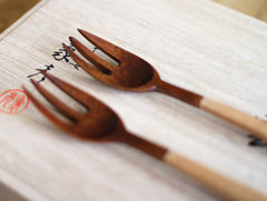 Half Lacquer Pasta Fork by Atelier tree song at OEN Shop