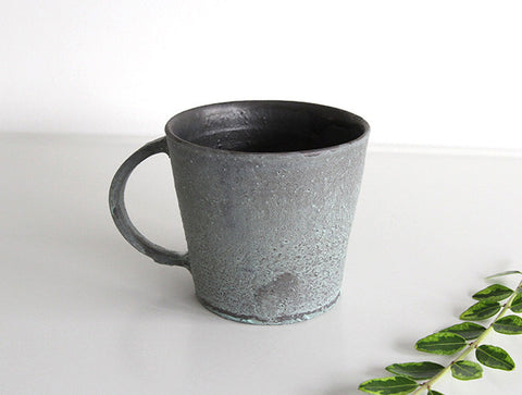 Matte Green Mug by Takeshi Ohmura