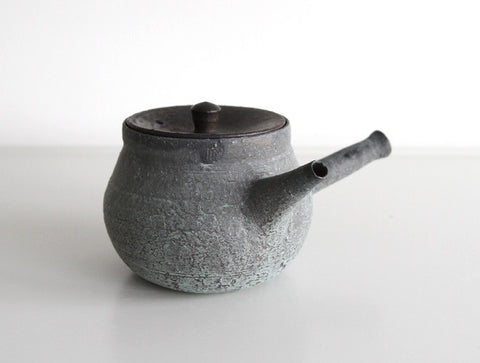 Matte Green Teapot by Takeshi Ohmura