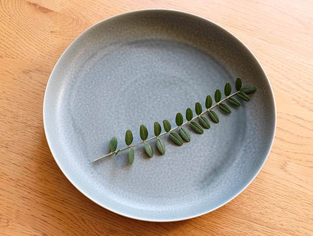 ReIRABO Winter Grey Plate by Yumiko iihoshi at OEN Shop