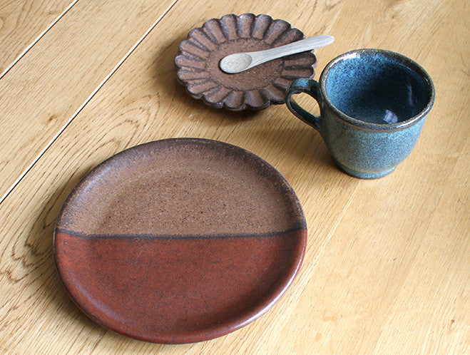 Two Tone Plate by Motoharu Ozawa at OEN Shop