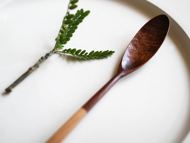 Half Lacquer Muddler Spoon by Atelier tree song at OEN Shop