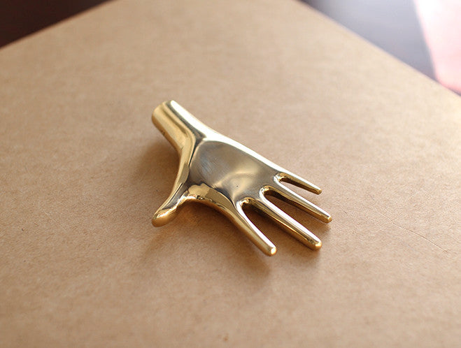 Paperweight Hand by Carl Auböck at OEN Shop