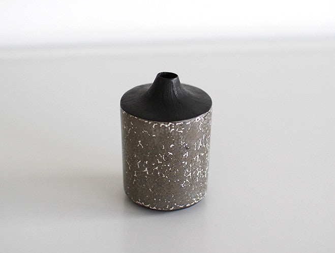 Marble Dry Lacquer Vase by Mie Yokouchi at OEN Shop