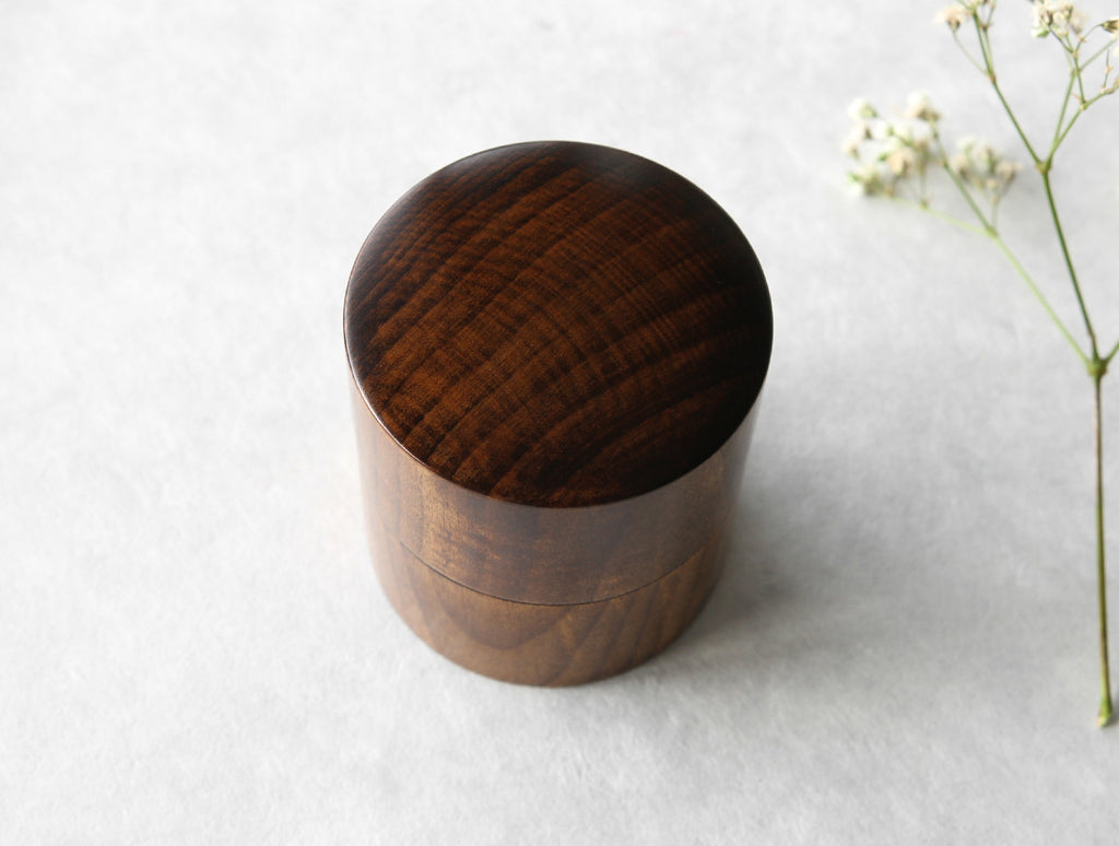 Cha Urushi Box by Studio KUKU at OEN Shop