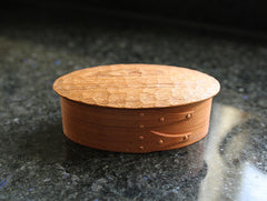 Oval Carved Box by Tomoharu Funahashi at OEN Shop