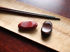 Brown Pebble Chopstick Rest by Maiko Okuno at OEN Shop