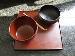 Square Red Lacquer Tray by Akihiko Sugita at OEN Shop