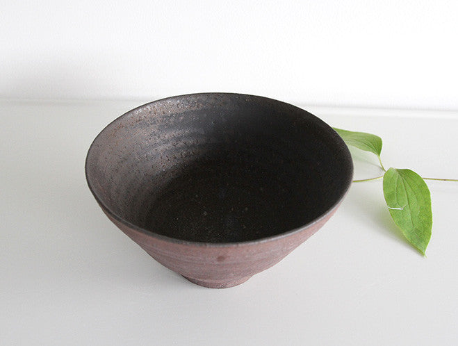 Matte Red Bowl by Takeshi Ohmura at OEN Shop