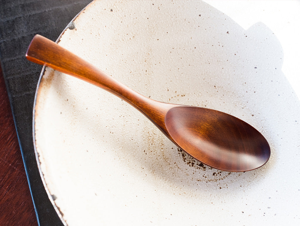 Lacquer Renge Spoon by Atelier tree song at OEN Shop